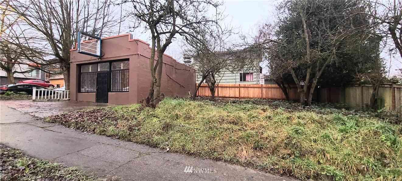 2600 E Union Street, Seattle, WA, 98122,