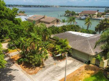 412 BELLE ISLE AVENUE, Belleair Beach, FL, 33786,