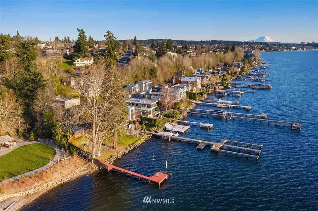 557 5th Avenue W, Kirkland, WA, 98033,