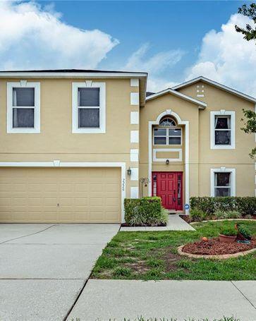2220 AITKIN LOOP Leesburg, FL, 34748