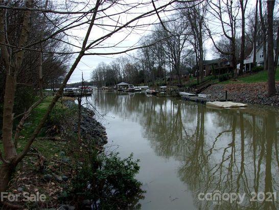 303 Wood Duck Loop