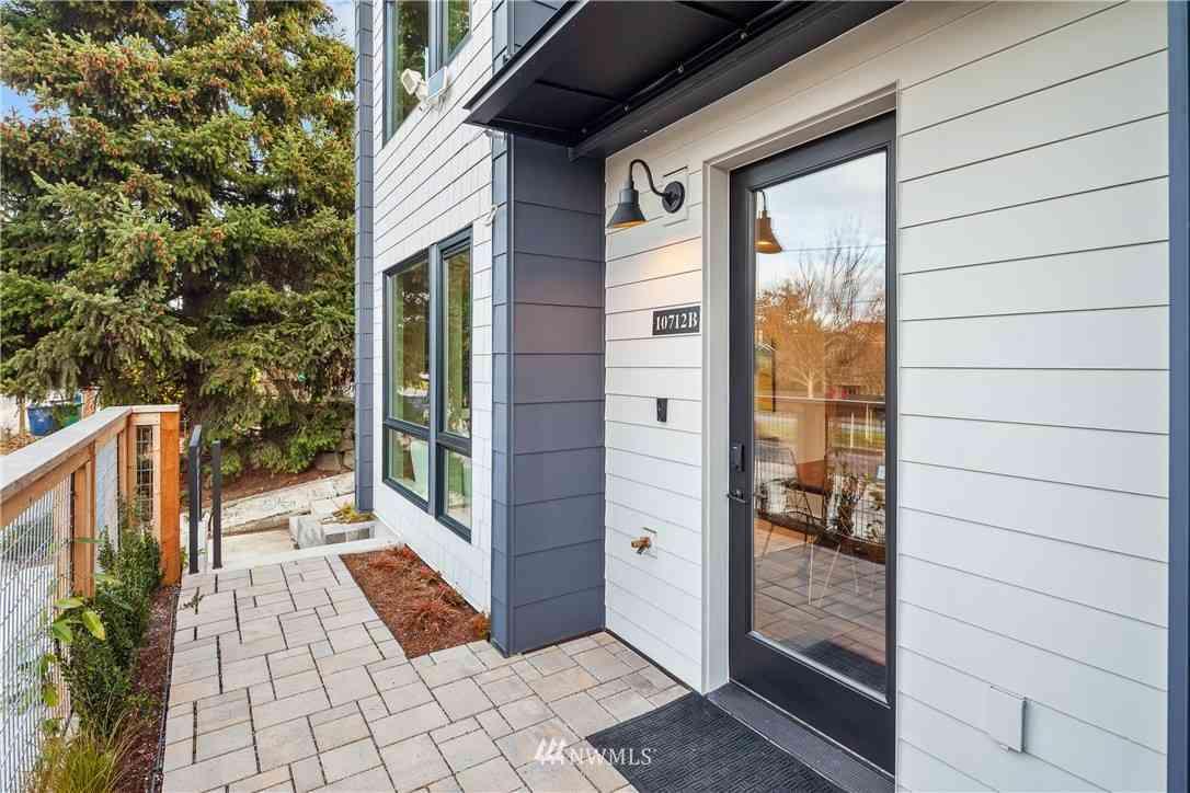 10712 Greenwood Avenue N #B, Seattle, WA, 98133,