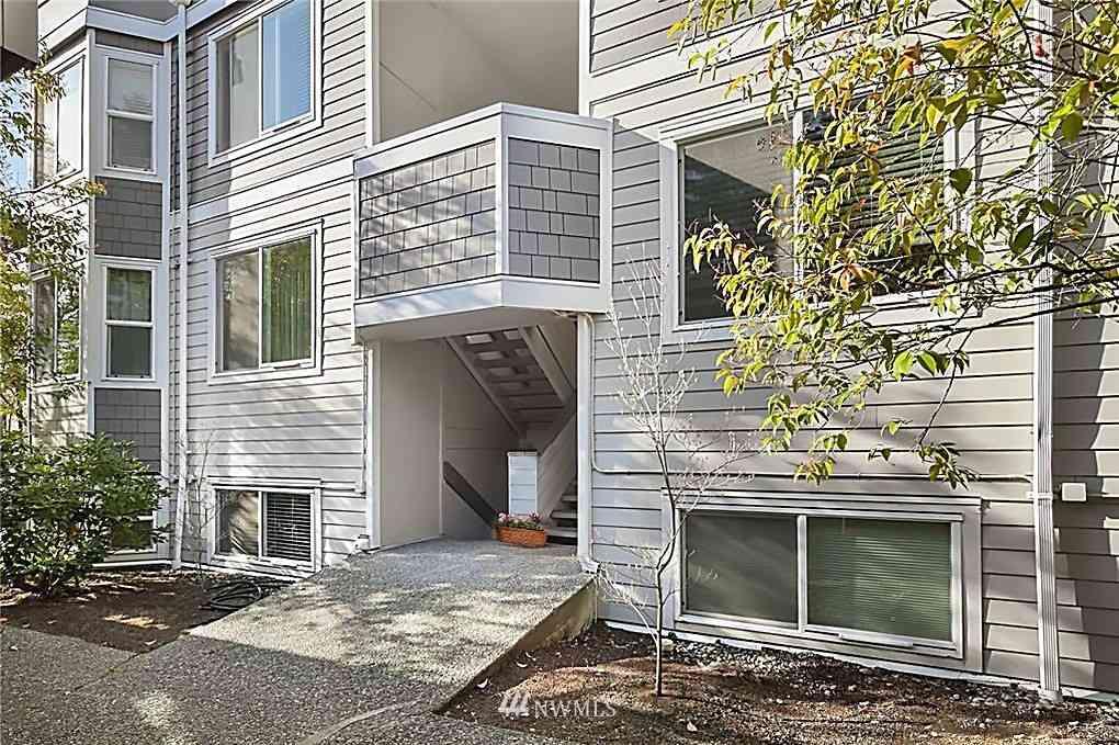 4200 Factoria Boulevard SE #B17, Bellevue, WA, 98006,