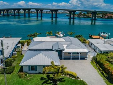 3550 BELLE VISTA DRIVE E, St Pete Beach, FL, 33706,