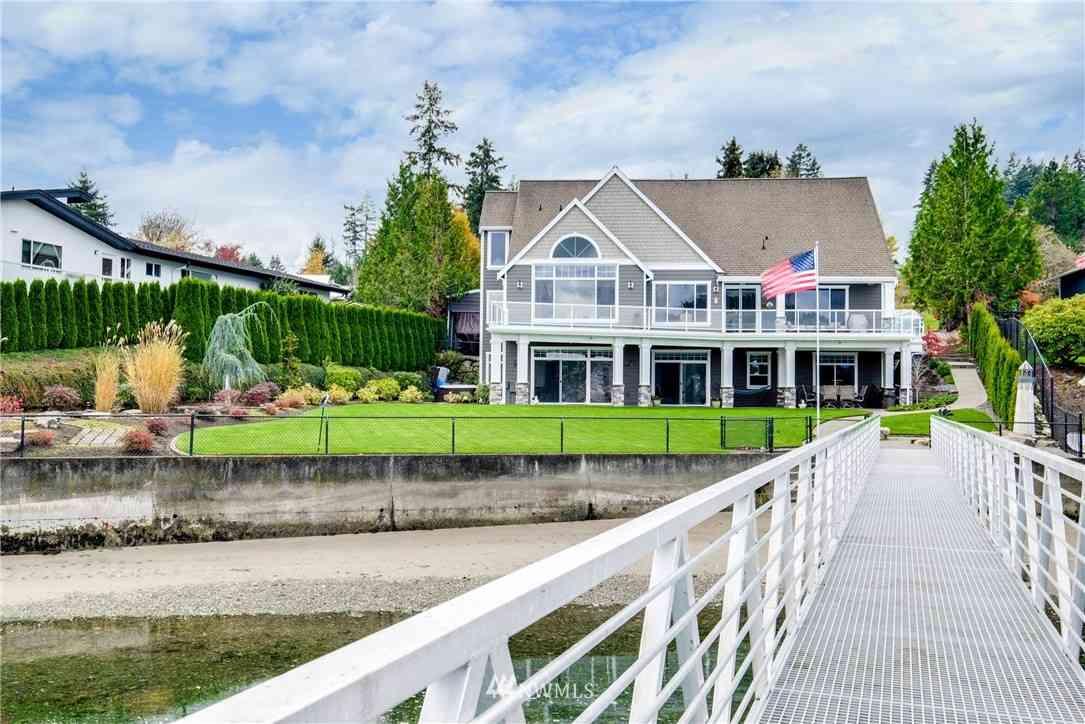 217 Bella Bella Drive, Fox Island, WA, 98333,