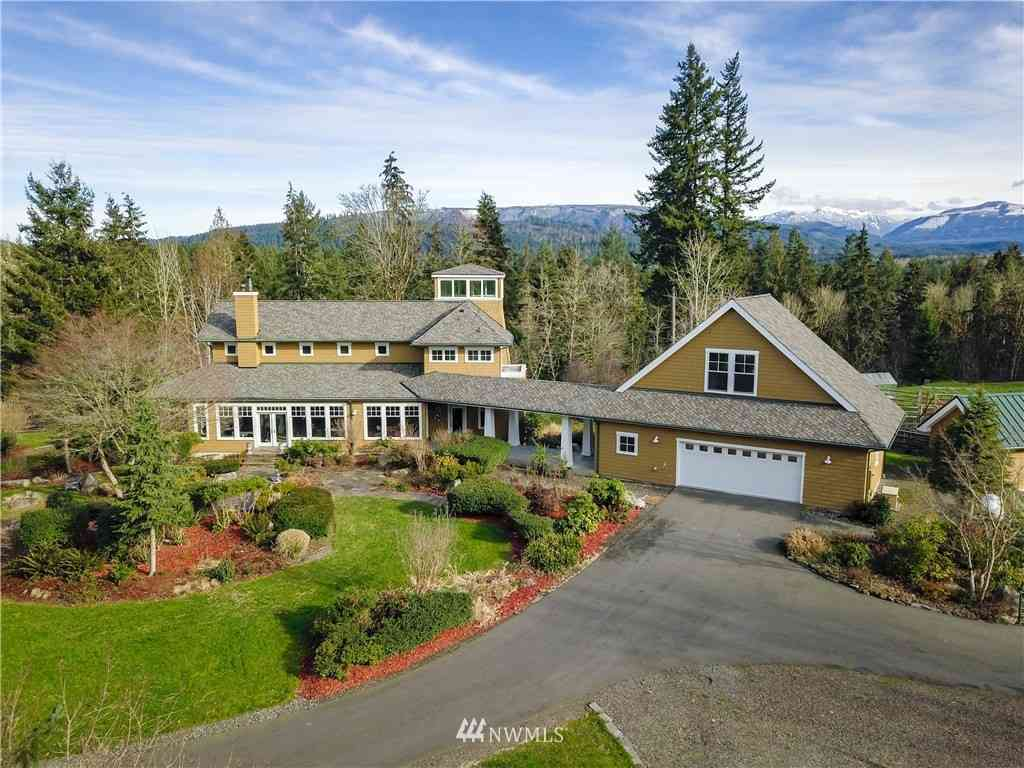 35223 NE Moss Creek Way, Carnation, WA, 98104,