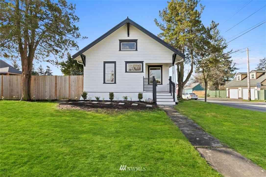 2702 16th St, Everett, WA, 98201,