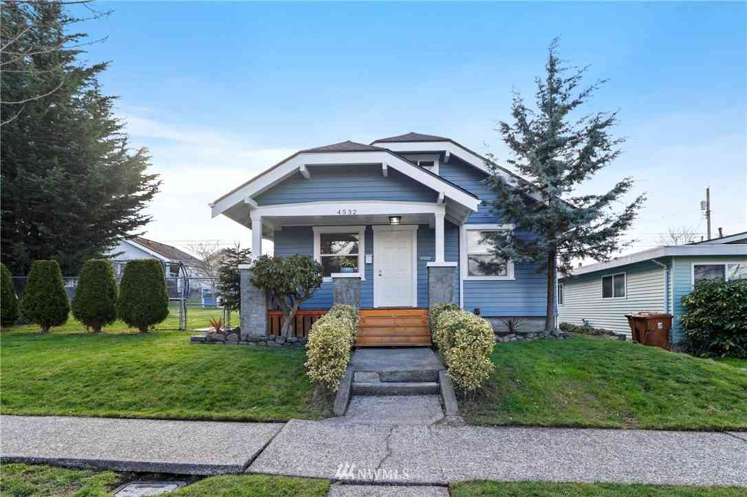 4532 S J Street, Tacoma, WA, 98418,