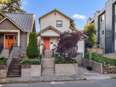 4255 Woodland Park Avenue N, Seattle, WA, 98103,
