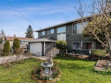7170 18th Avenue SW, Seattle, WA, 98106,
