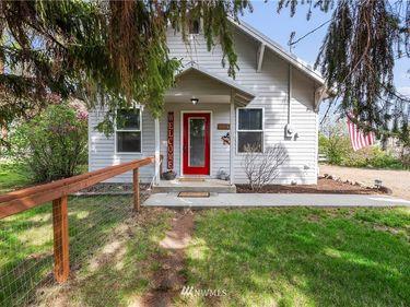 6390 Cove Road, Ellensburg, WA, 98926,