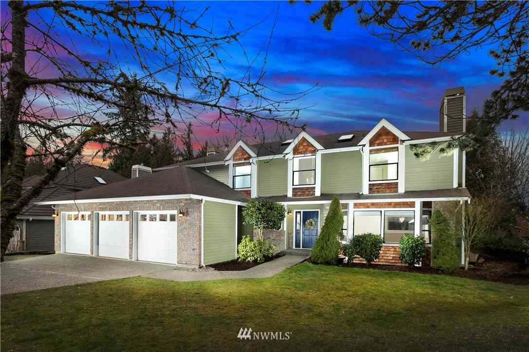 25228 217th Place SE, Maple Valley, WA, 98038,
