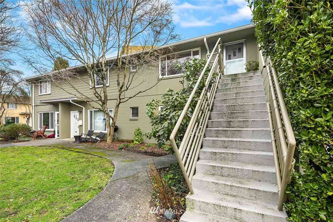4826 Terrace Drive NE, Seattle, WA, 98105,