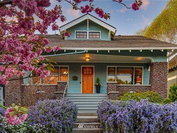 822 W Newell Street, Seattle, WA, 98119,
