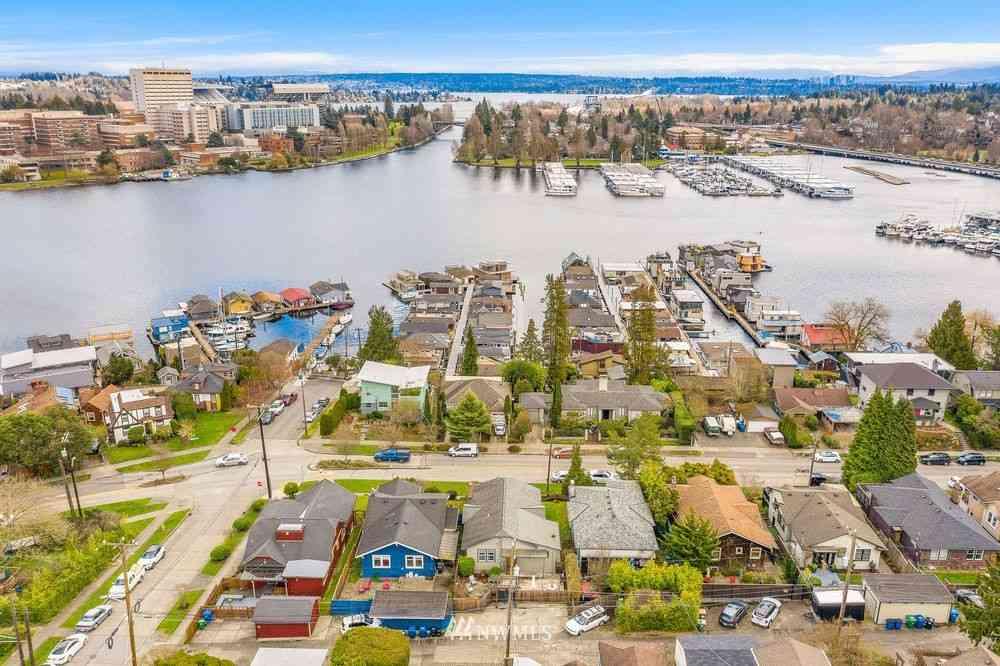 2831 Boyer Avenue E, Seattle, WA, 98102,