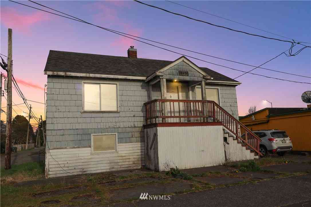 213 25th Street, Hoquiam, WA, 98550,