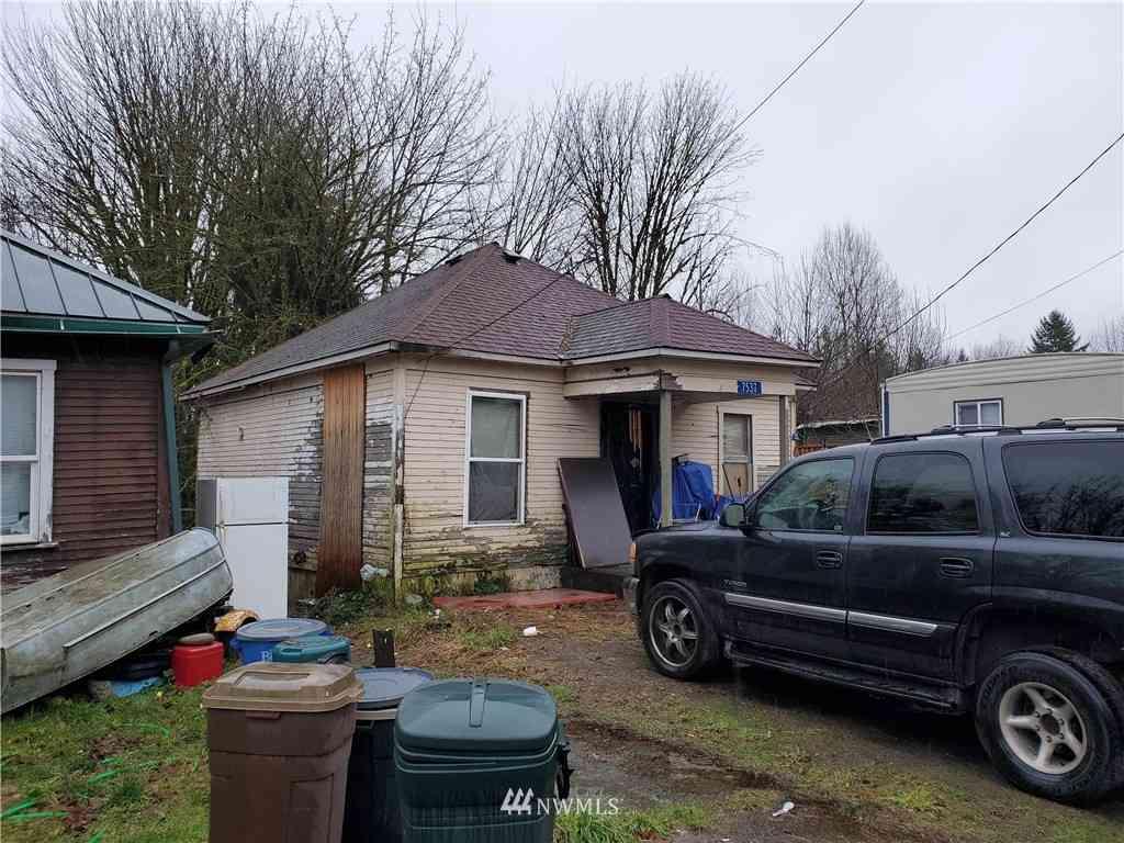 7537 S Dillard Avenue, Concrete, WA, 98237,