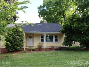 2501 Runnymede Lane, Charlotte, NC, 28209,