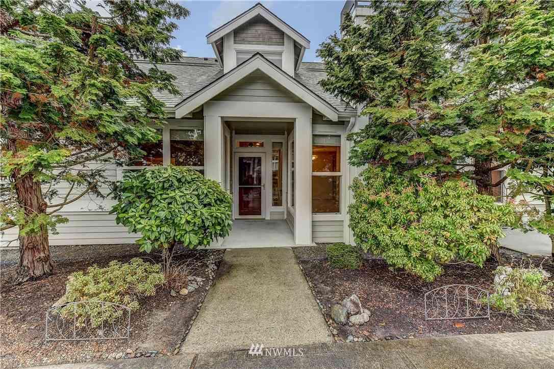 9204 157th Place NE #B304, Redmond, WA, 98052,