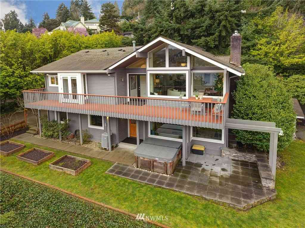 12752 42nd Avenue NE, Seattle, WA, 98125,