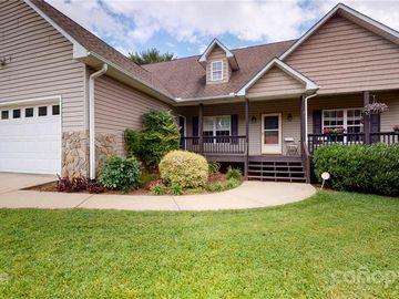 8 Grove Garden Avenue, Candler, NC, 28715,