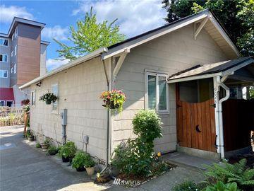 9028 17th Avenue SW, Seattle, WA, 98106,