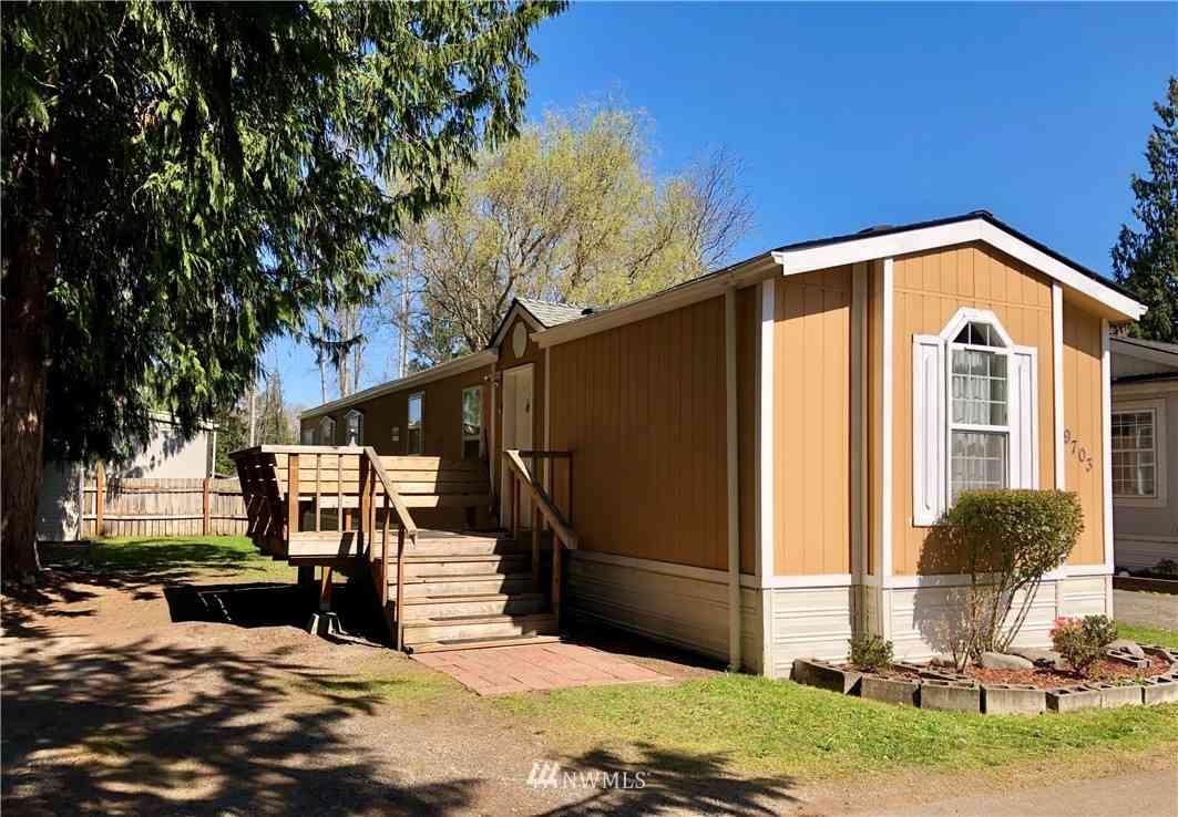 9703 155th Street E #26, Puyallup, WA, 98375,