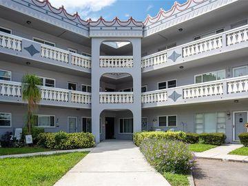 2295 AMERICUS BOULEVARD E #31, Clearwater, FL, 33763,