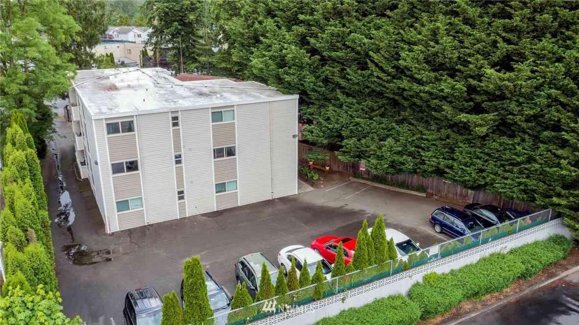 2711 NE 115th Street, Seattle, WA, 98125,