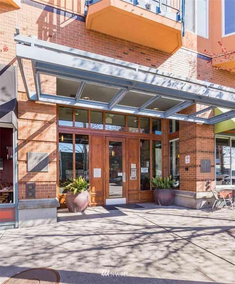 2414 1st Avenue #524, Seattle, WA, 98121,