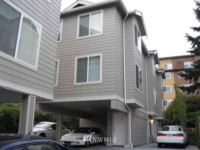 4218 Pasadena Place NE, Seattle, WA, 98105,
