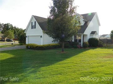 102 Newport Drive, Kannapolis, NC, 28081,