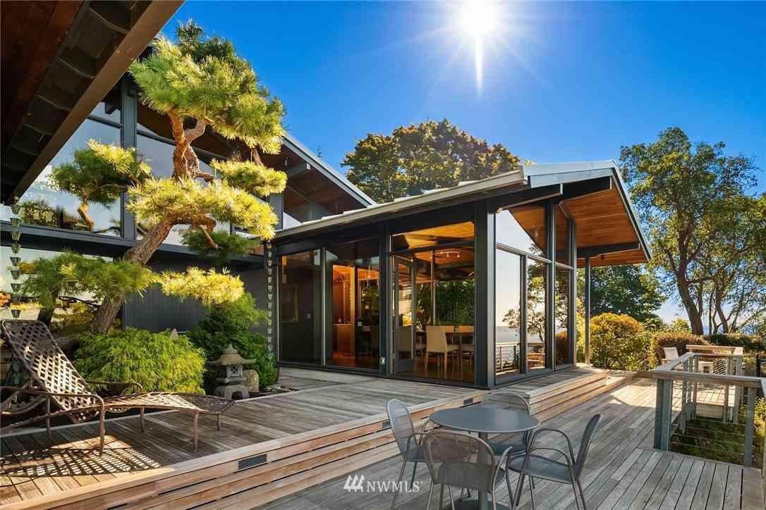10423 Marine View Drive SW, Seattle, WA, 98146,