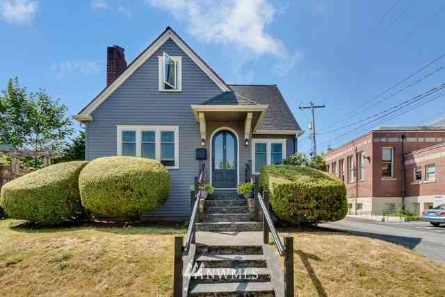 4109 SW College St, Seattle, WA, 98116,