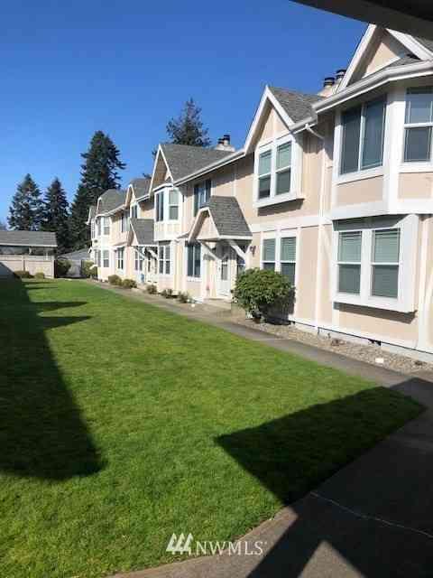 2621 Mountain View Avenue W #8B, University Place, WA, 98466,