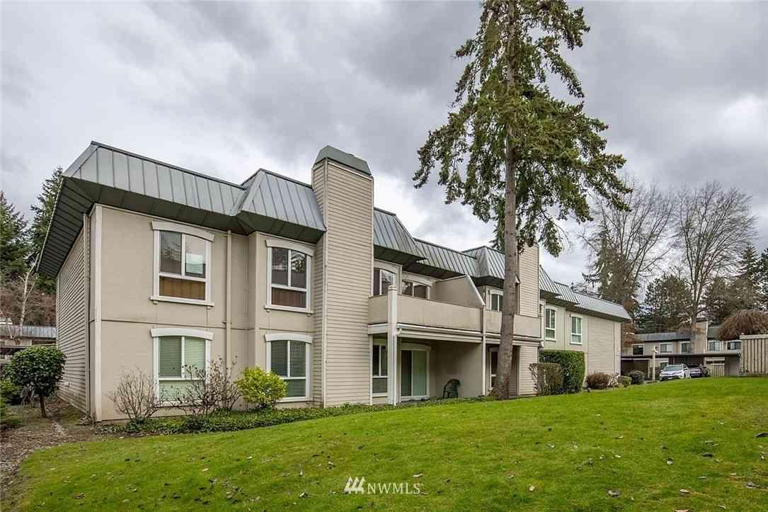 1603 103rd Place NE #O5, Bellevue, WA, 98004,