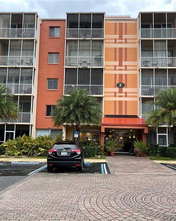 1100 DELANEY AVENUE #F106 Orlando, FL, 32806