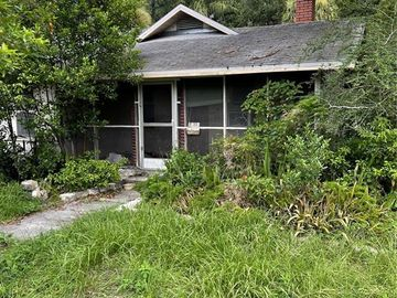 5917 N OLA AVENUE, Tampa, FL, 33604,