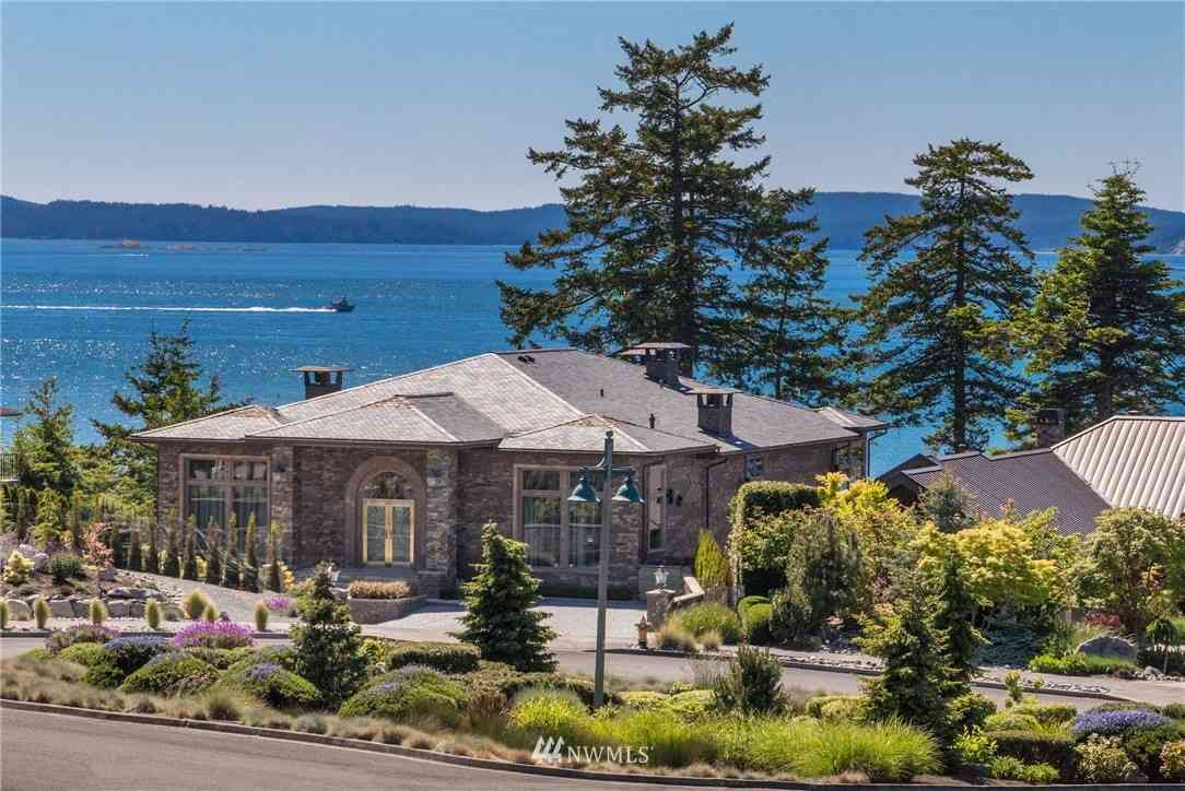 2404 Washington Court, Anacortes, WA, 98221,