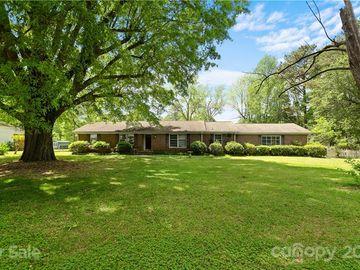 6227 Kinghurst Drive, Charlotte, NC, 28216,