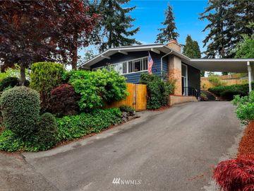 16648 SE 8th Street, Bellevue, WA, 98008,