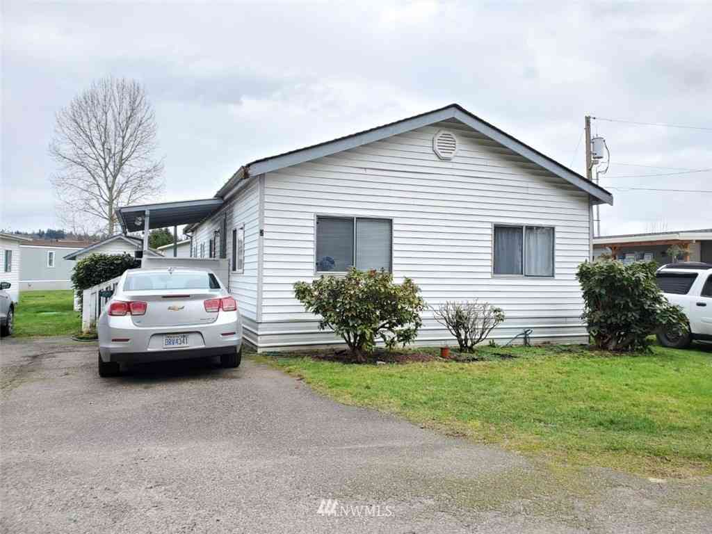 11901 55th Avenue NE #2, Marysville, WA, 98271,