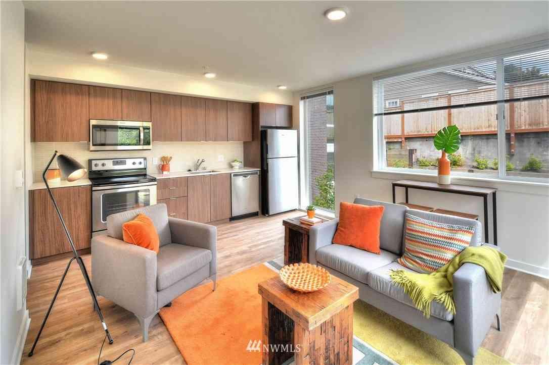 1601 N 45th Street #214, Seattle, WA, 98103,