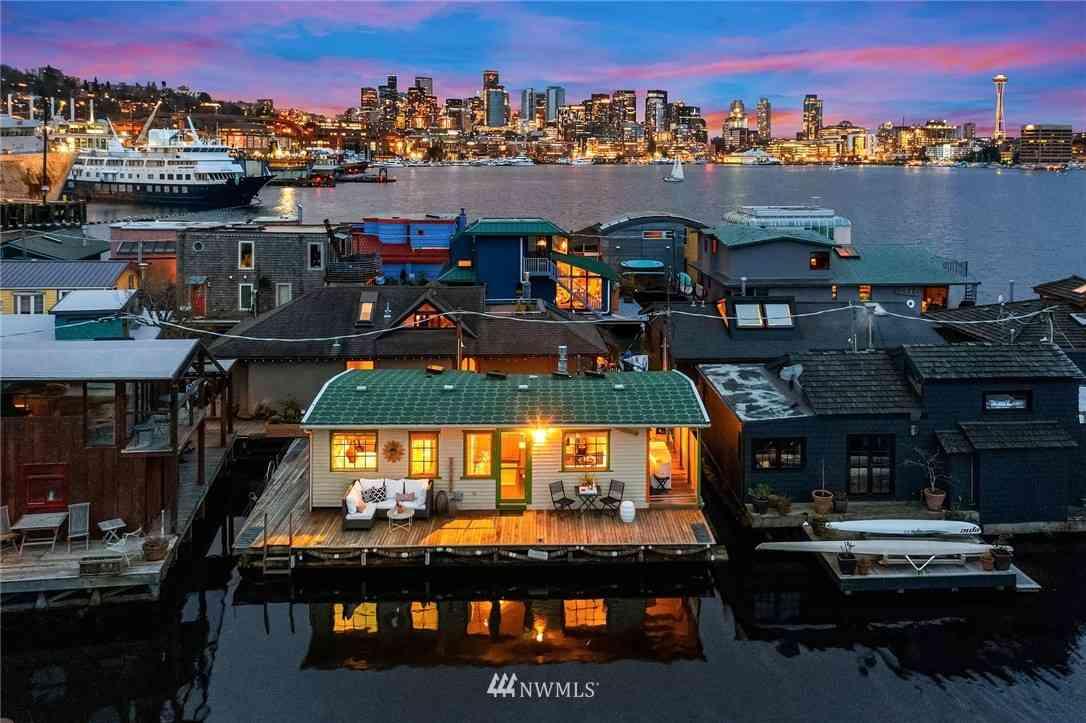 2019 Fairview Avenue E #L, Seattle, WA, 98102,
