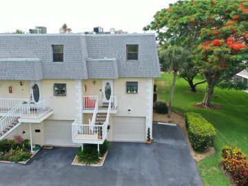 275 CAPRI CIRCLE N #A105, Treasure Island, FL, 33706,