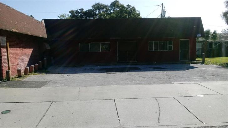 1107 N MARTIN LUTHER KING JR AVENUE