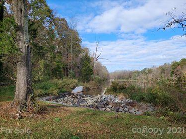 1305 Marlwood Circle, Charlotte, NC, 28227,