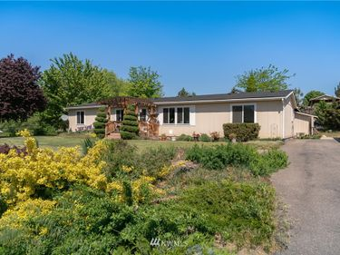 1865 8th Street SE, East Wenatchee, WA, 98802,
