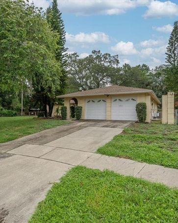 7001 HALIFAX COURT Tampa, FL, 33615