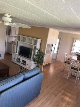 184 INDEPENDENCE AVENUE #8